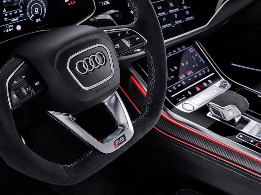 2021 Audi RS Q8 Interior