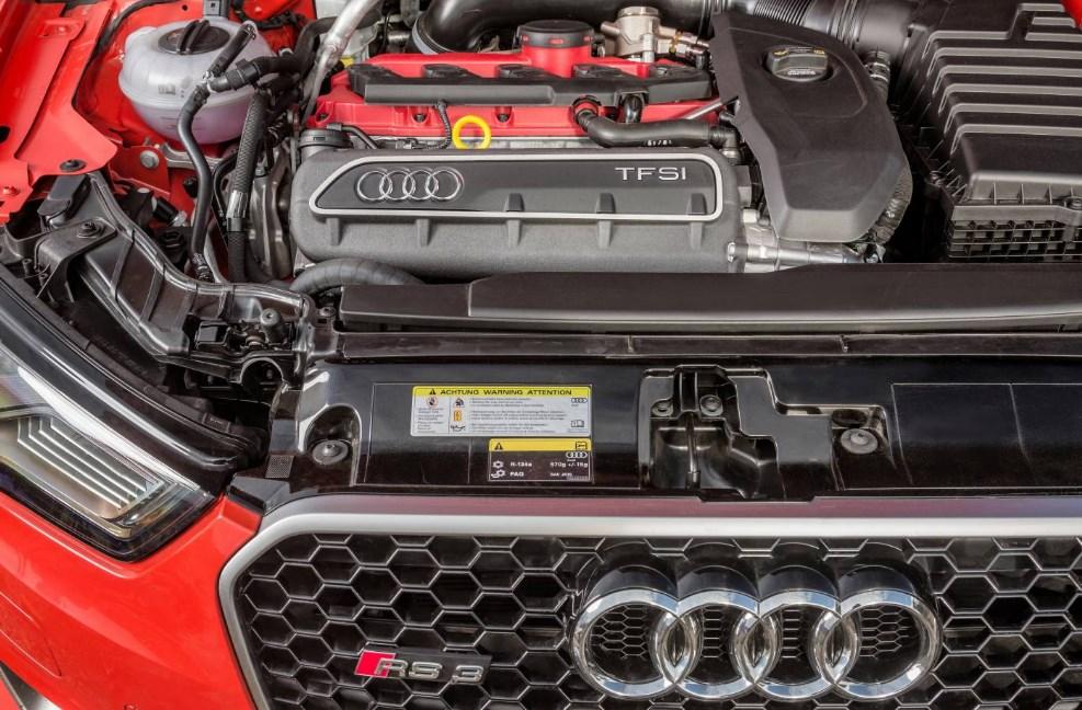 2021 Audi RS3 Engine