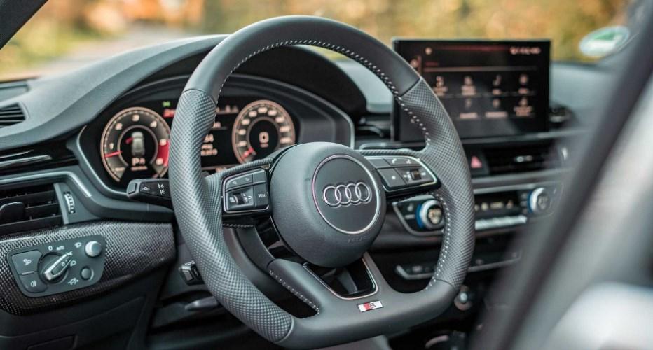 2022 Audi S4 Interior