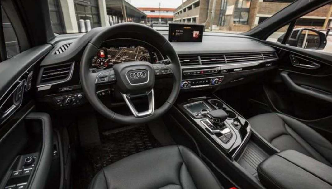 2022 Audi Q7 Interior